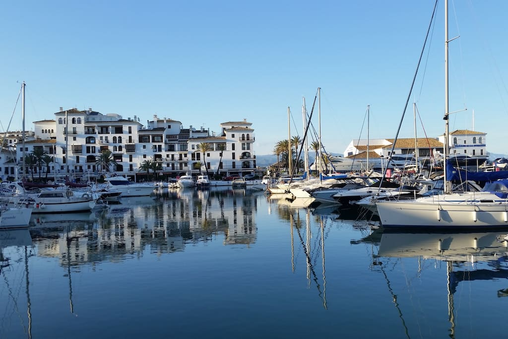 Duquesa marina with restaurants  and  bars.