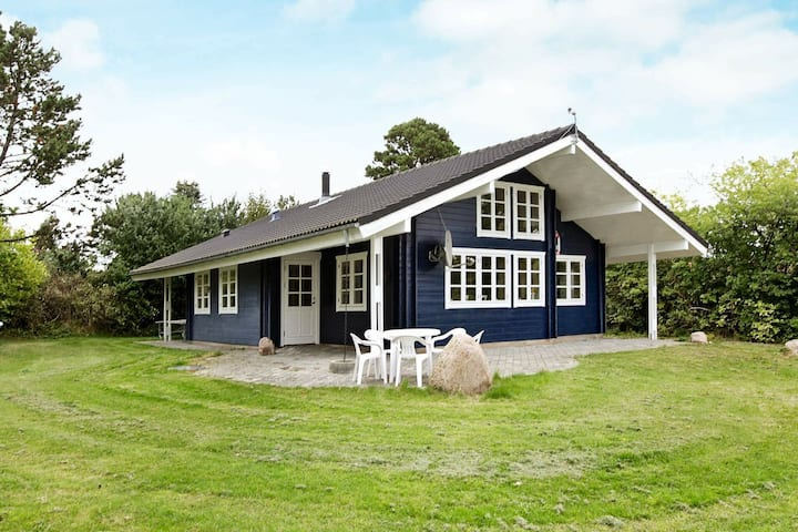 Ruhiges Ferienhaus in Kalundborg mit Terrasse
