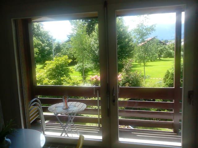 Schönes Doppel-Zimmer mit Balkon - Thun - Haus