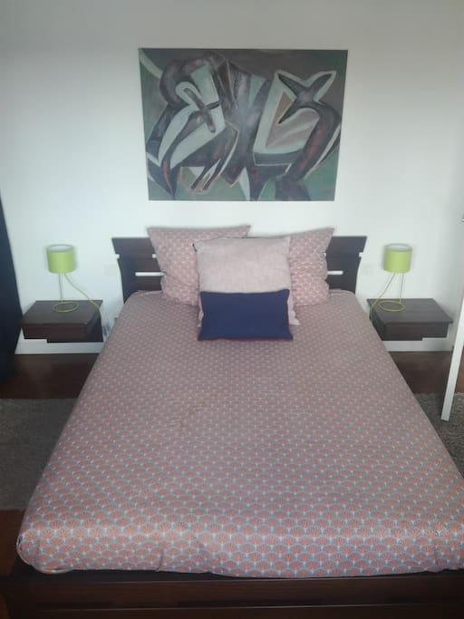 Votre Chambre 16 m2, très calme, vue sur jardin. Your Bedroom