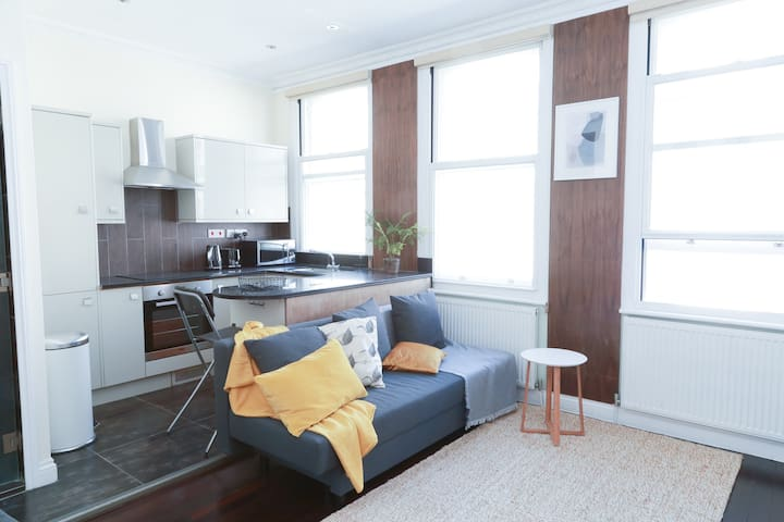 Brand new flat in London West End