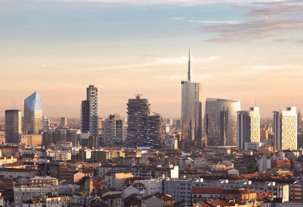 The view of the new beautiful skyscrapers / La veduta dei bellissimi nuovi grattacieli di Milano