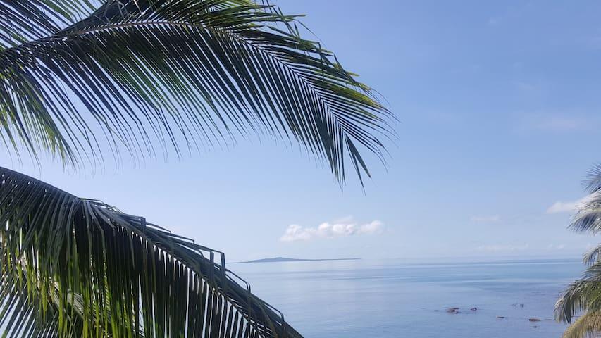 Casa con 3 hab y cocina, frente a la playa. - Little Corn Island - Loma-asunto
