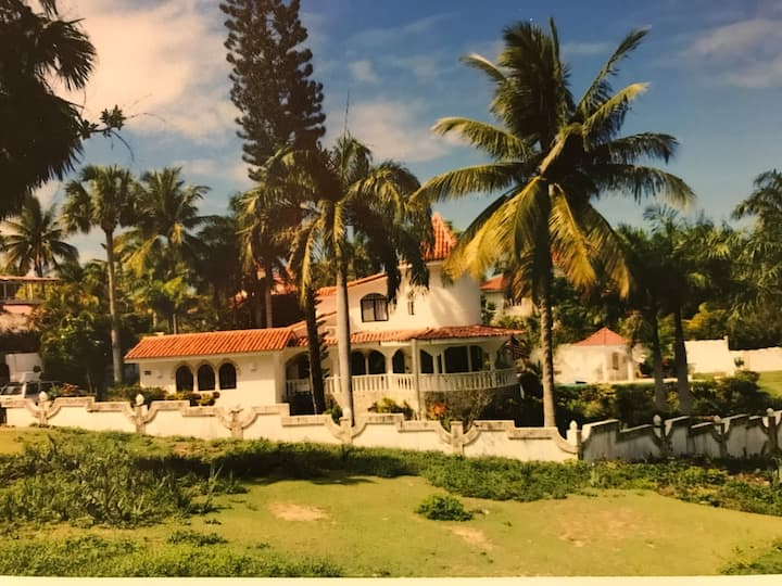 6 Bedroom Tropical Villa - Puerto Plata - DR