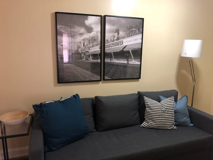 Splendid /20 min to NYC- Parking Available (fee)