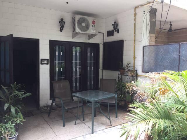 Cozy 2BHK Homestay in Delhi NCR (Noida Sector 14)