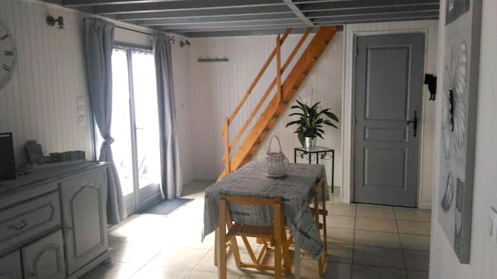House with one bedroom in Ablon, with enclosed garden - 7 km from the beach