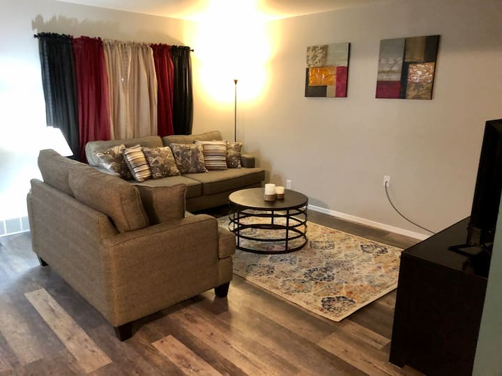Lockhart Lodging * Suite Liberty - 1 Bed, 1 Bath