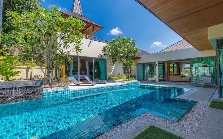 Botanica  Luxury Pool Villa Layan