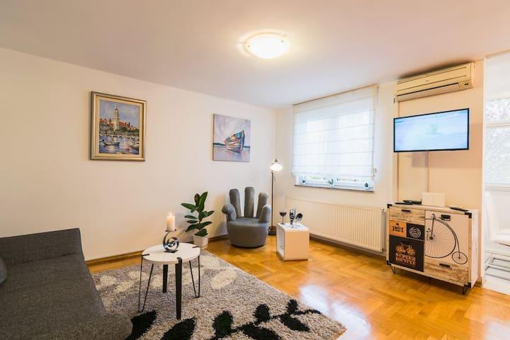 Apartment Jarun Brač
