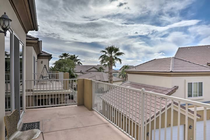 Desert Condo w/ Pool ~ 3 Miles to Colorado River!