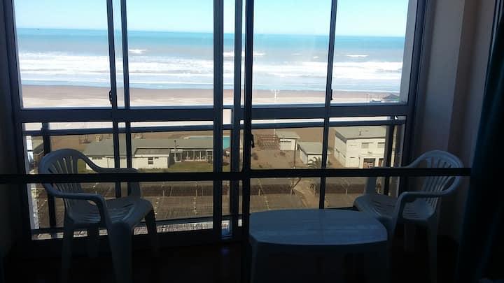 Departamento c/ balcón frente al mar 1 dormitorio