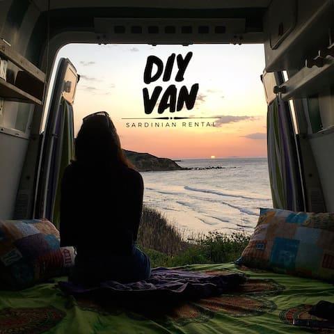 All'avventura in Sardegna con Diy Van! Stintino