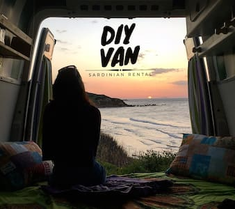 All'avventura in Sardegna con Diy Van! Stintino