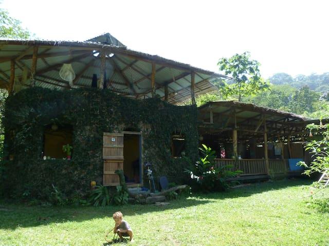 Casa Estrella - CR - Ev