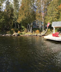 Private Lakefront Cottage, Muskoka - Huntsville