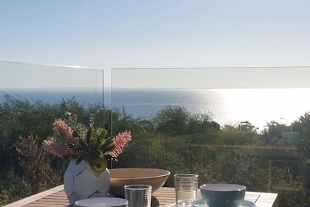 Stunning bay views! - Mount Martha - Apartemen