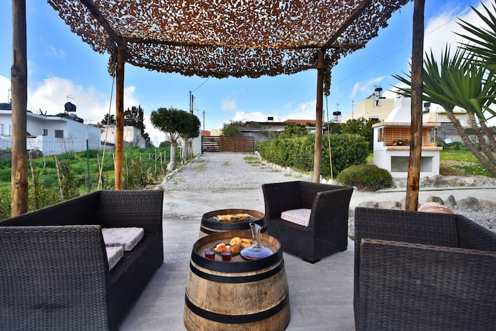 N'eloas luxurious villa spectacular view