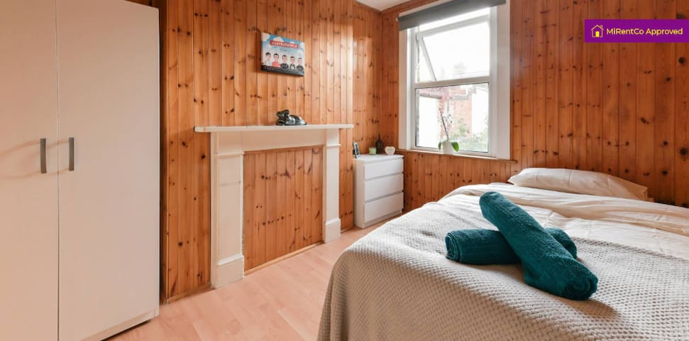 COSY  DBL ROOM IN CO-LIVING HOUSE IN KENSAL GREEN