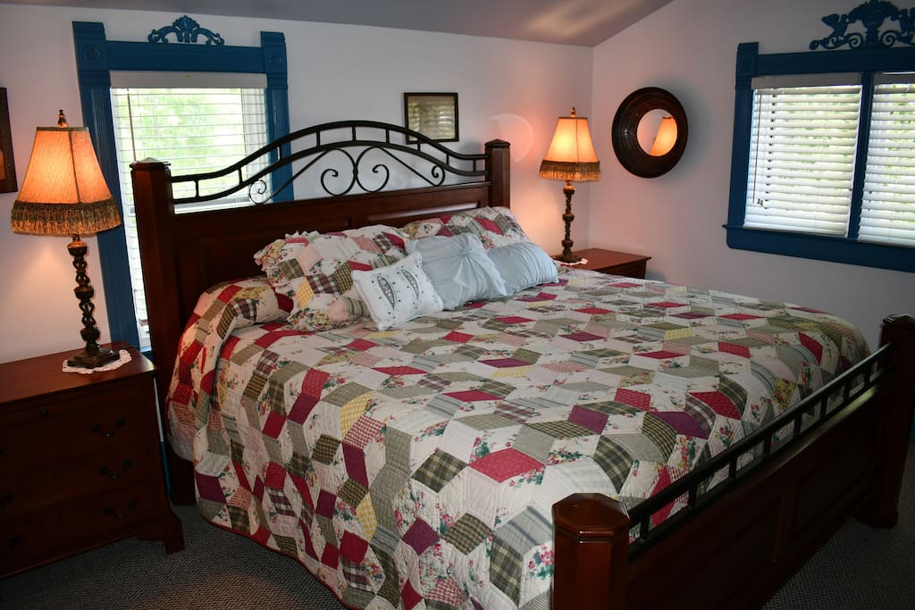 King size bed with Large Closet