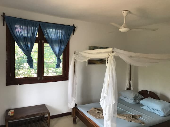 Double room with private balcony and sea view