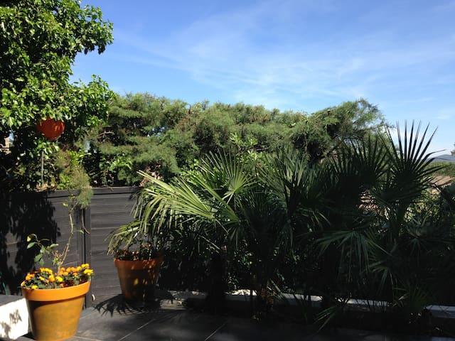 Saint Tropez (6 km) Maison 3 pieces - Cogolin - House