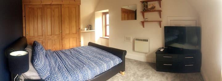 Double room in Drumnadrochit (Private Bathroom)