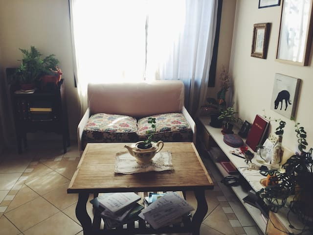 Cozy, intimate and artsy apartment, great location - Godoy Cruz - Huoneisto