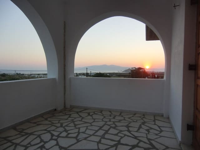 One bed apartment in Mikri Vigla, Naxos.
