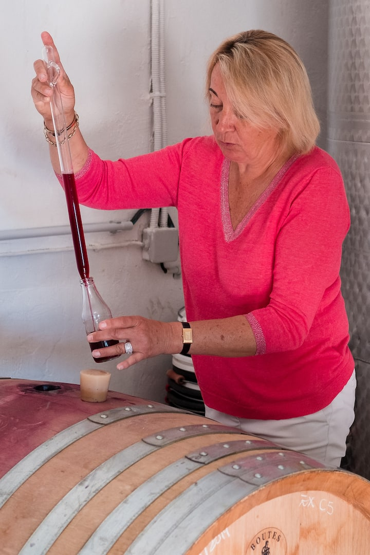 the wine maker in action