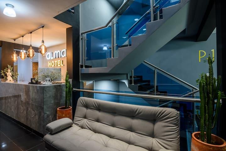 Alma Hotel-Cowork-Wifi- en Medellín-Laureles