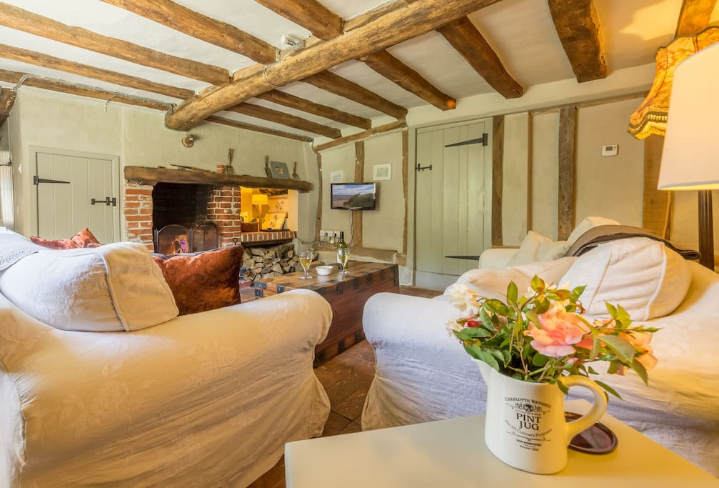 Gardener's Cottage has retained many of its original features including an Inglenook fireplace