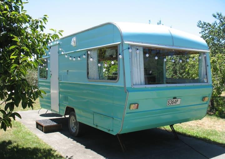 Kiwi Caravan retro NZ experience