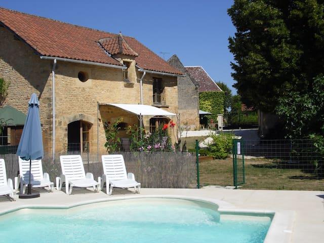 Gite La Grange Mirabelle - La Chapelle-Aubareil - Huis