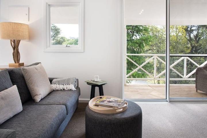 Lake Daylesford Apartment 6 - up to 4 guests