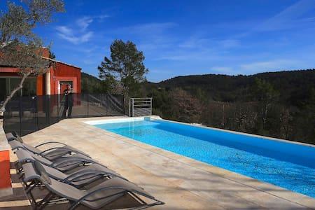 Maison contemporaine de 250m2 - Cabasse - Villa