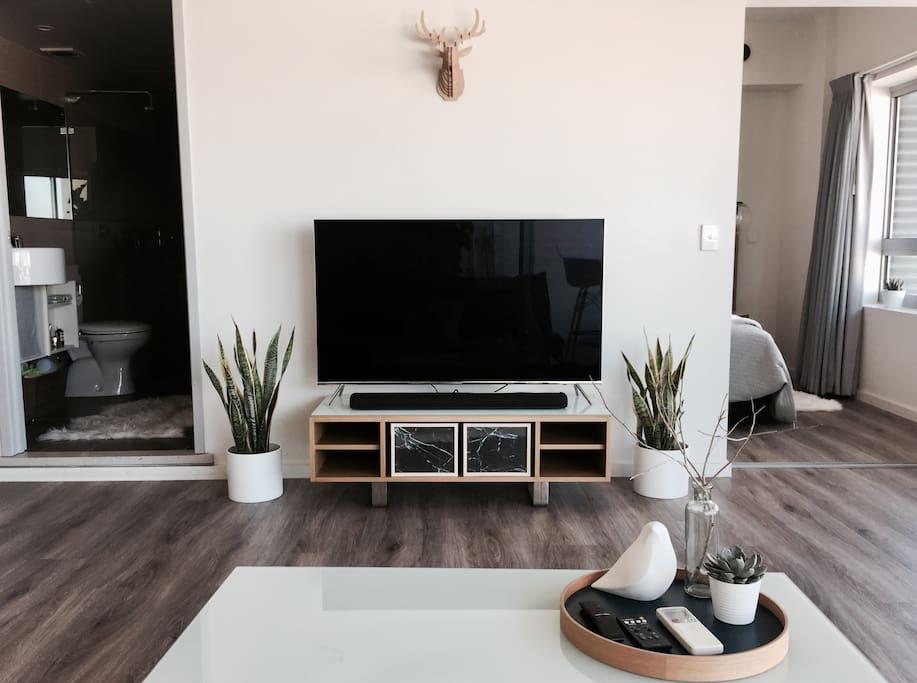 Samsung Smart 4K TV and Yamaha bluetooth soundbar