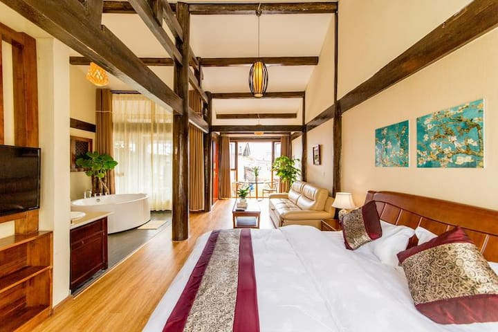 king room with delux spa - Lijiang - Apartment