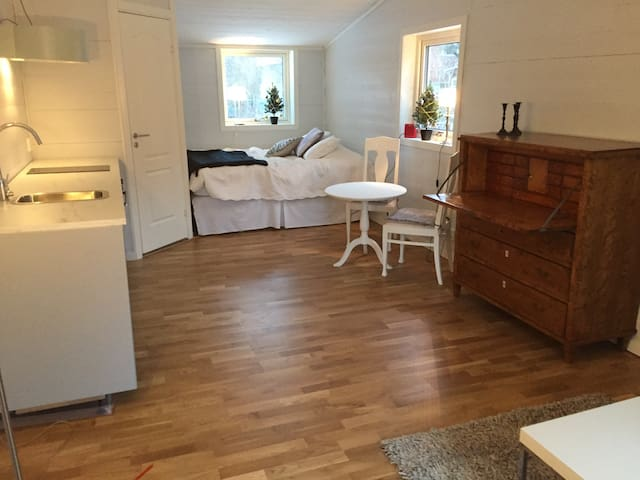New apartment in a nice area - Sollentuna - Apartemen