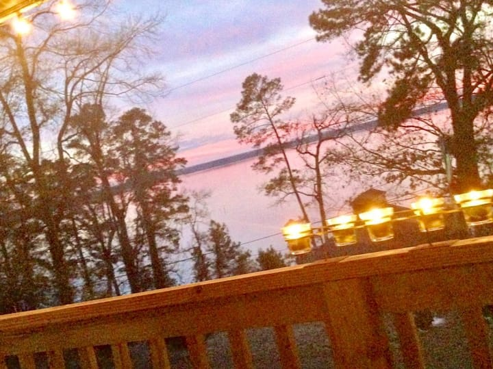 Lake Escape on Lake Sam Rayburn