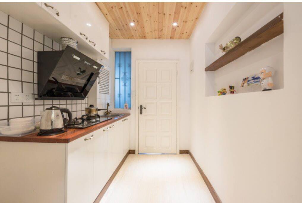 厨房及过道