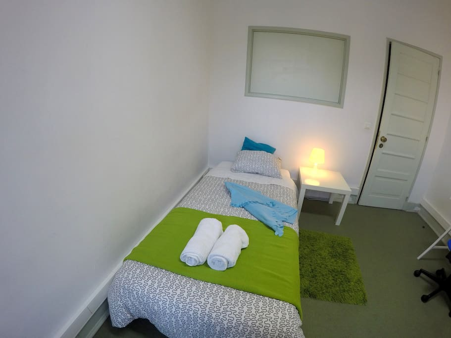 Included in the price are the bath towels and bed linen