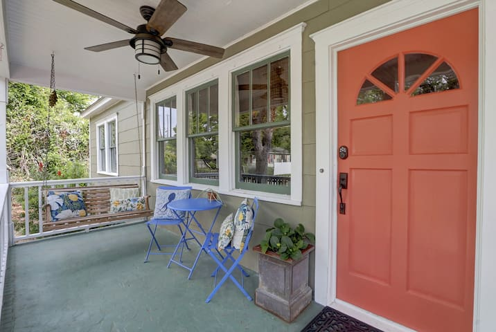 Monthly furnished Thunderbolt Cottage