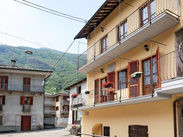 Cozy holiday apartment in Sparone (TO)