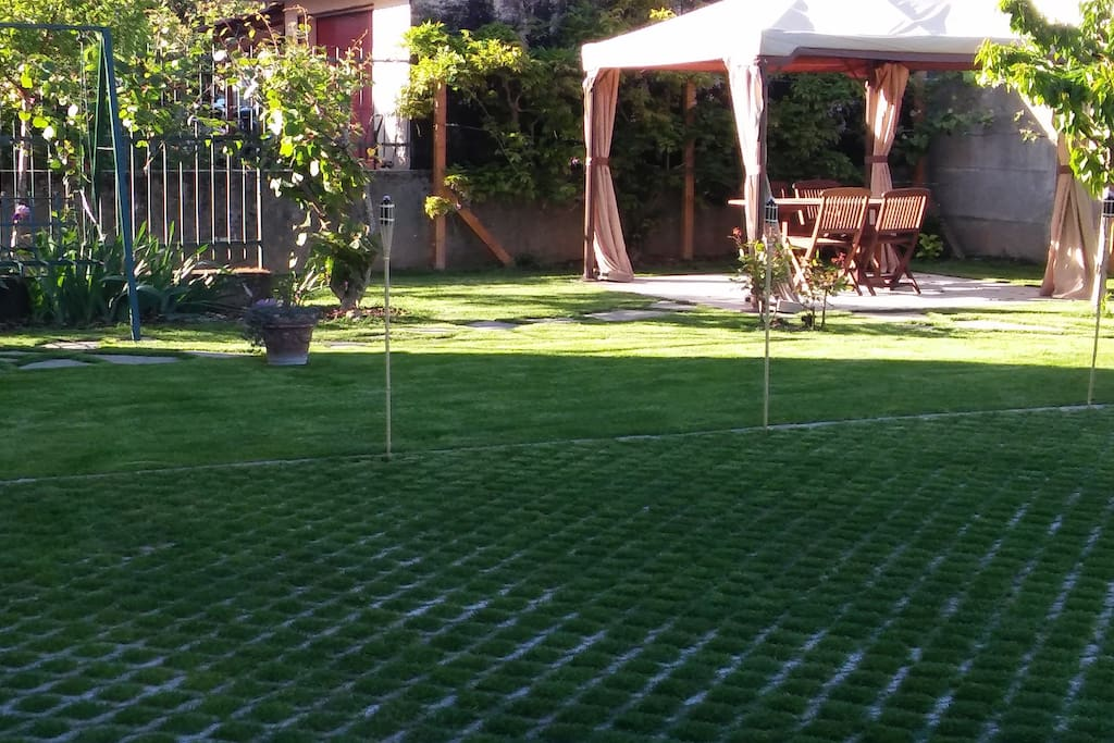 Il nostro giardino con gazebo