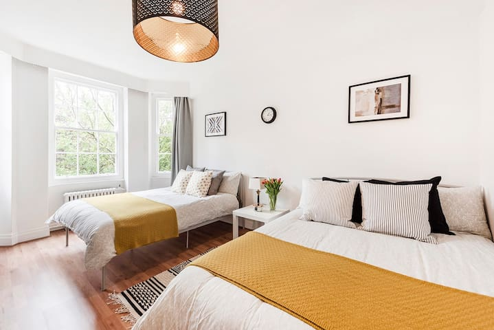 Lovely apartment next to Hyde Park, Queensway