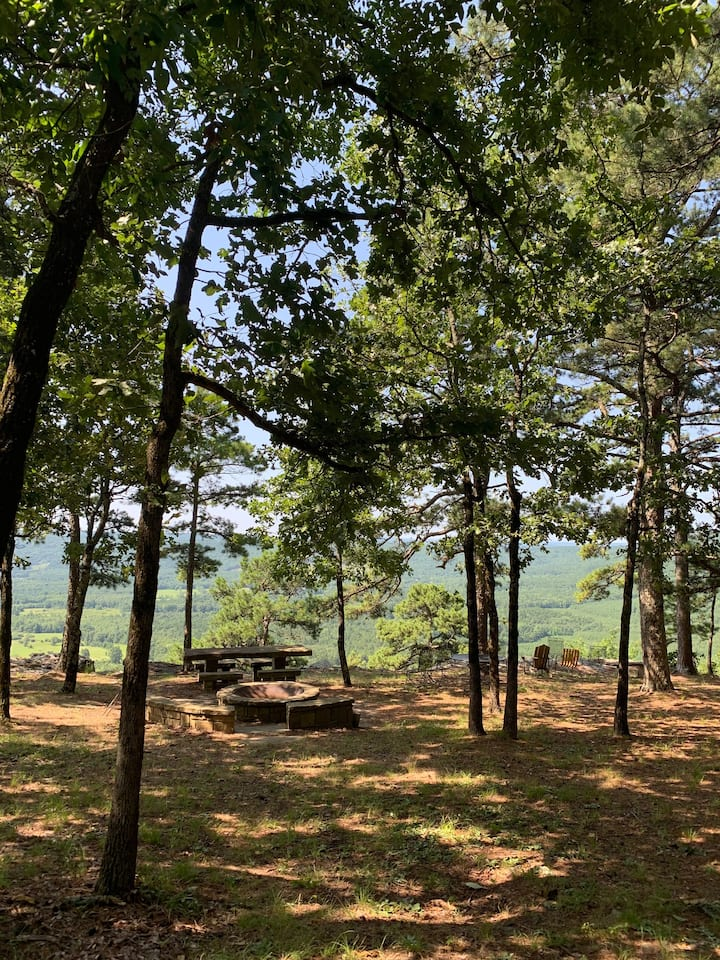 Petit Jean cabin with stunning view