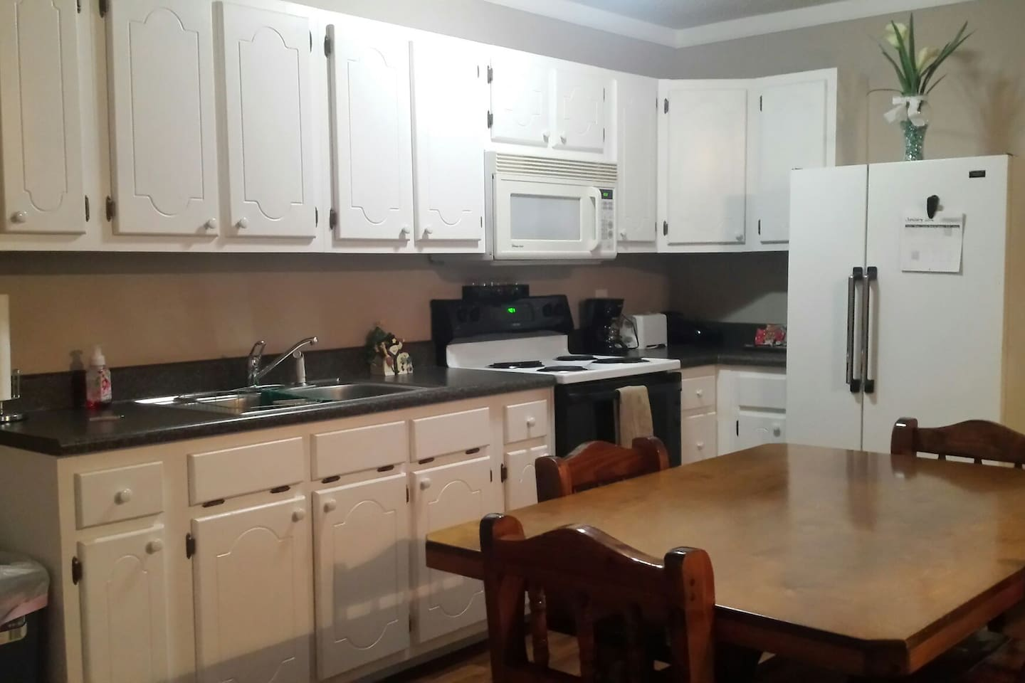 Full access kitchen. Pots, pans, dishes, silverware, glasses, coffee, light refreshments. Full size kitchen table.