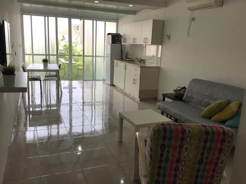 COZZY flat in Acco - NOT SUITABLE FOR QUARANTINE