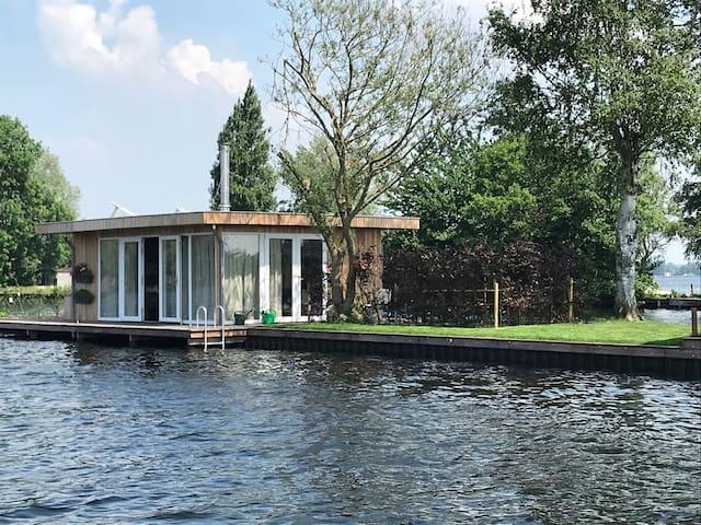Tiny house Java Island ( nearby Amsterdam)